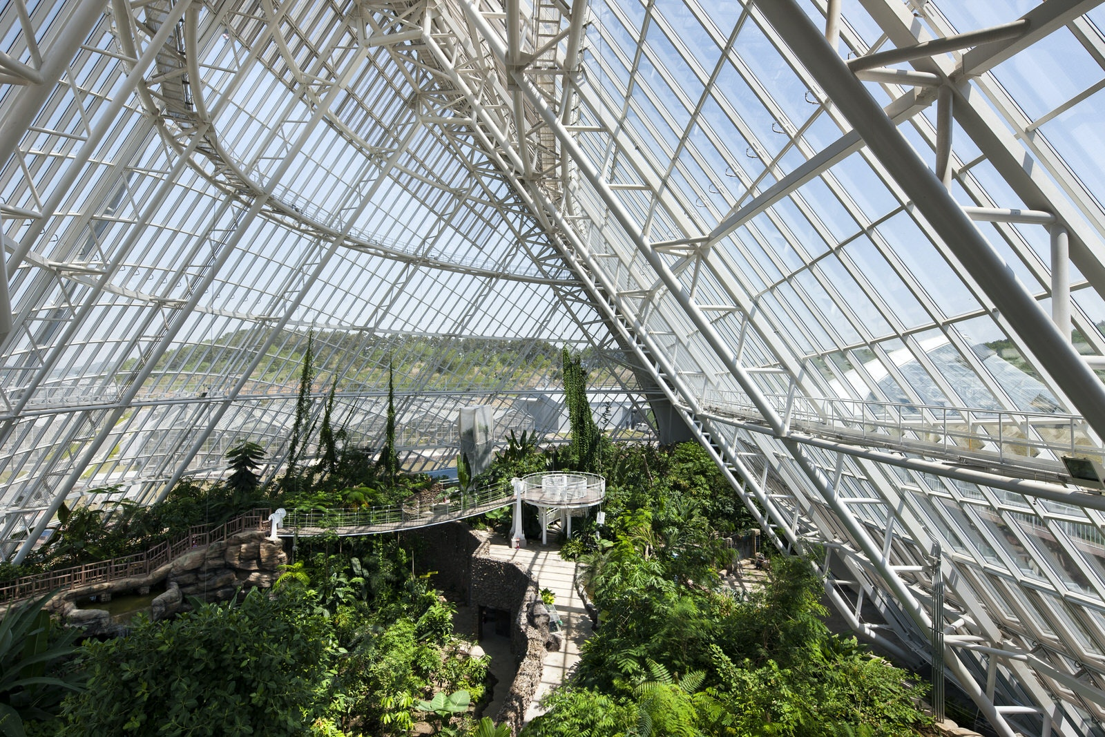 Grimshaw completes the nature-inspired Ecorium, their first project in Asia