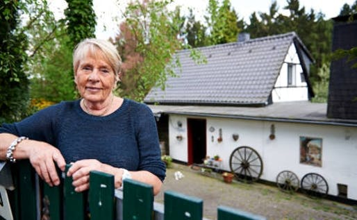 Liedtke in front of her home near Cologne. (The Local; Photo: DPA)