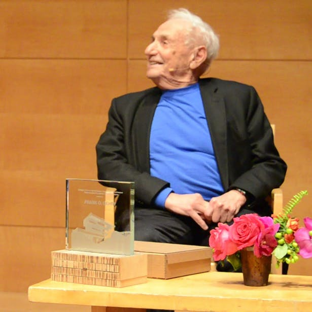 Gehry Receives the Richard Neutra Award, Cal Poly, Pomona