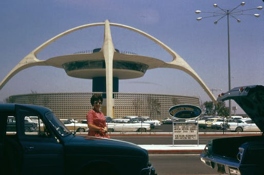 LAX is bad, Image courtesy of Wikimedia user EditorASC.