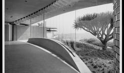 Happy Birthday John Lautner! To celebrate, here are 10 projects photographed by Julius Shulman