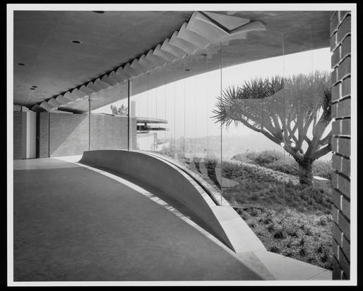 In honor of John Lautner's 108th birthday, here are ten glorious photographs of some of his most iconic works. Shown: John Lautner's Silvertop Residence in Silverlake, California.Image courtesy of © J. Paul Getty Trust, Getty Research Institute, Los Angeles.