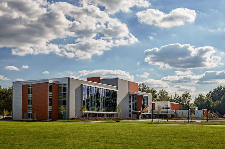 CREC Discovery Academy. Photo: Robert Benson Photography.