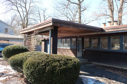 Yay or nay: the FLW-designed Booth Cottage in Glencoe, IL. Photo: Frank Lloyd Wright Building Conservancy