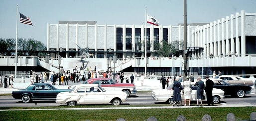 The William L. Pereira & Associates-designed Los Angeles County Museum of Art buildings in 1965. Photo: George Garrigues/Wikimedia Commons (CC BY-SA 3.0)