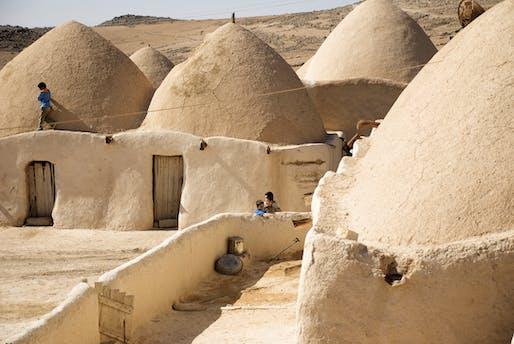 Syrian domes. © Saverio Mecca