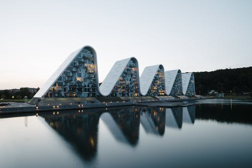 The Wave by Henning Larsen Architects. Photo: Jacob Due.