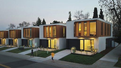 Broadway Housing in Sacramento, California by Johnsen Schmaling Architects. Photo: John J. Macaulay.