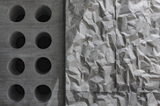 A close-up shot of crinkle concrete. Image © Richard Barnes