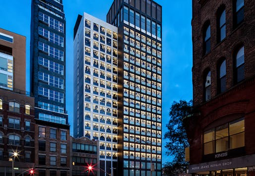 Stephen B. Jacobs Group's citizenM hotel in the Lower East Side in New York City was built with modular construction. Image © Chris Cooper