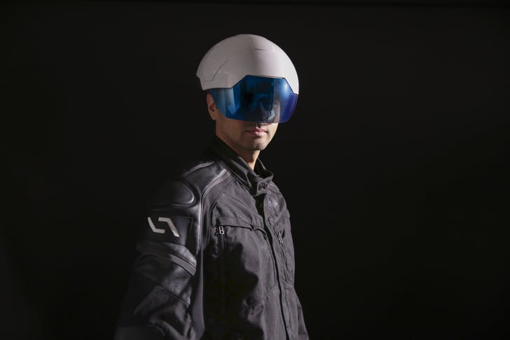8e120ff0a125 This augmented reality helmet could revolutionize the construction ...