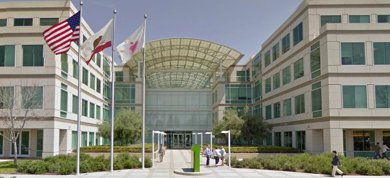 Streetview Of Apples Current HQ
