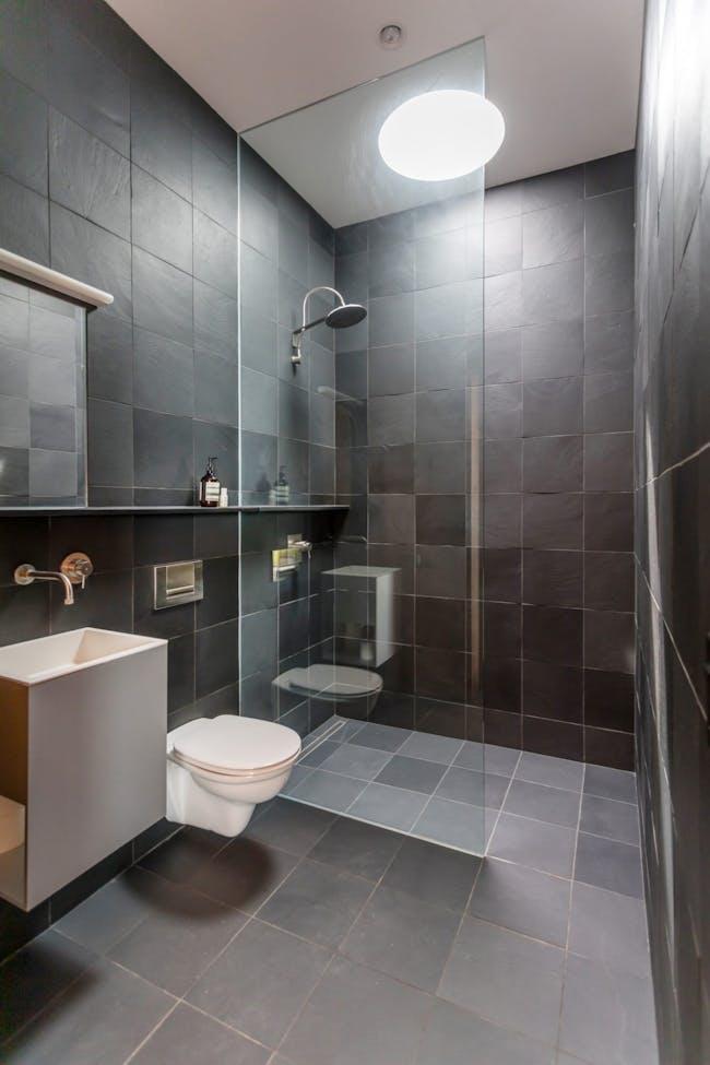 Bathroom. Image © Michael Bowman Photography