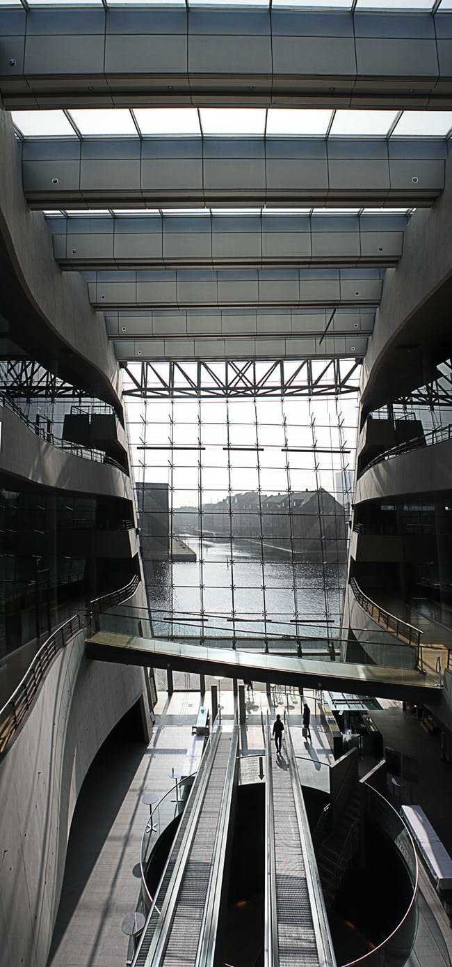 'Black Diamond' addition to the Royal Danish Library