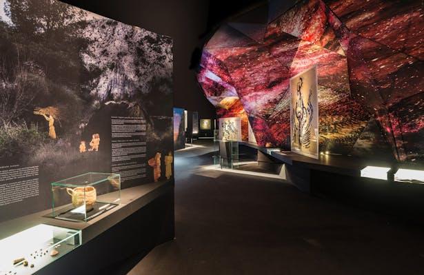 Rocamora Design & Architecture RUPESTRE Hall 2