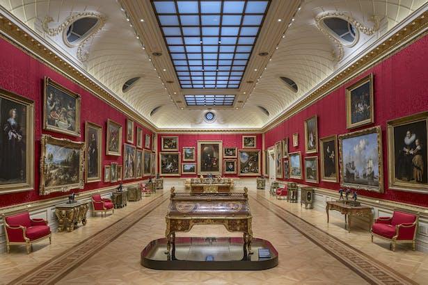 The works of cabinetmaker Jean-Henri Riesener