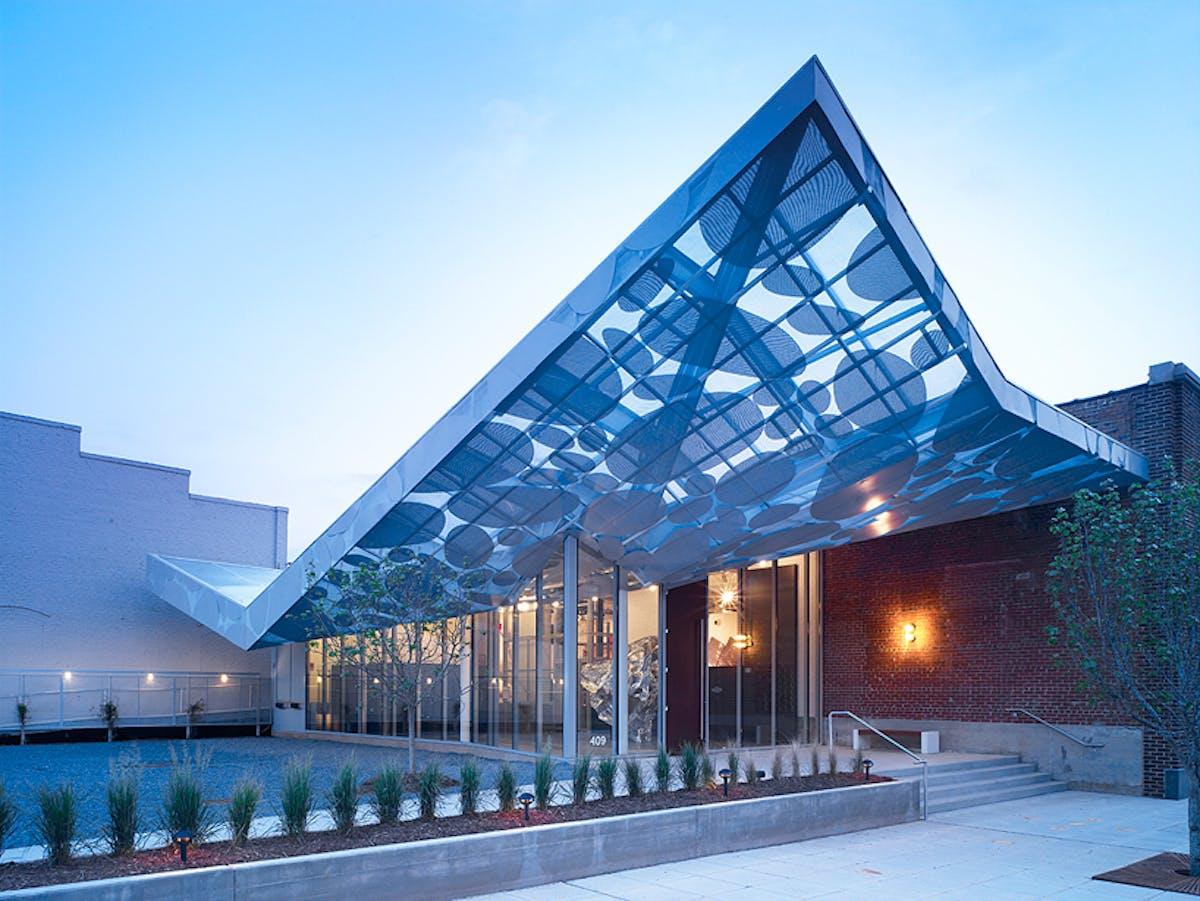 arken kunstmuseum åbningstider dominans jylland
