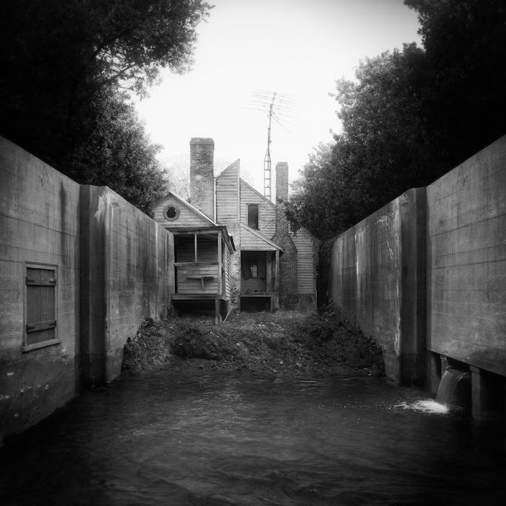 untitled (backyard), 2011 © Jim Kazanjian