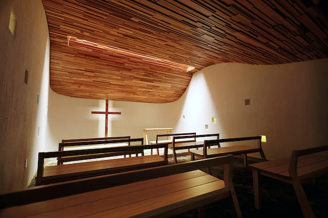 Interiors Award: Biola University Prayer Chapel, Design/Executive Architect: David Herjeczki, Nathan Kim Design/Executive Architecture Firm: Gensler