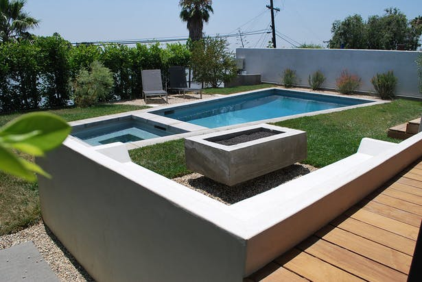 Pool and hardscape design