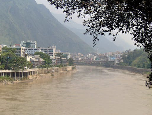 The town of Liuku in the Yunnan province lies along the Nu, or Salween, River – China's last free-flowing river. Credit: Wikipedia