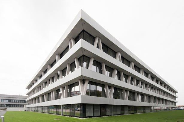 © AllesWirdGut Architektur/ Guilherme Silva Da Rosa