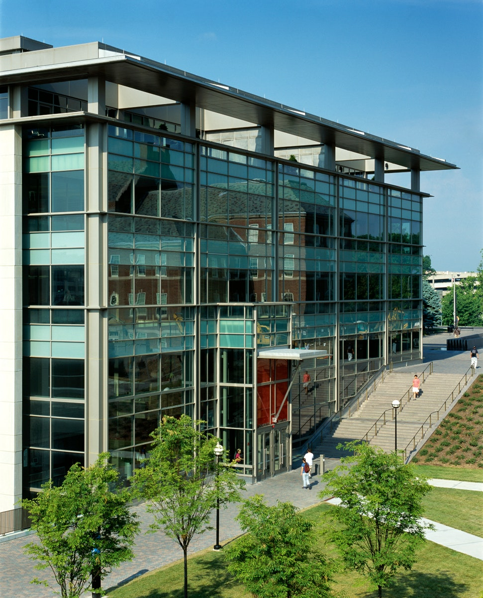 Firm Role: Leers Weinzapfel Associates   Architect Additional Credits:  Client   University Of Cincinnati In Association With GBBN Architects