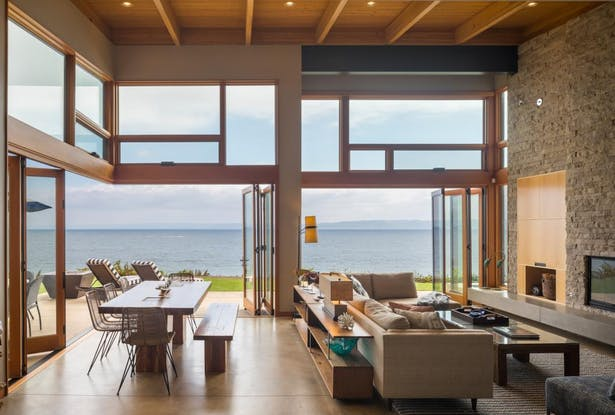 Seaview Escape living area