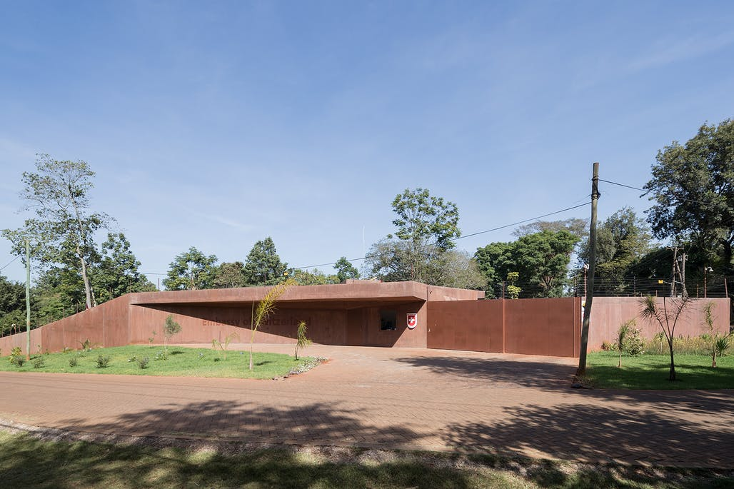Roeoesli & Maede r Architects team up with local Kenyan
