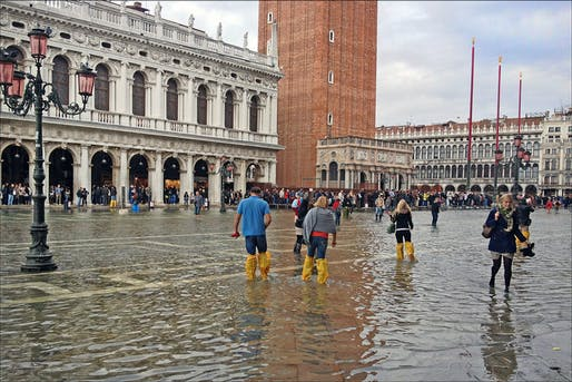 Flooded Piazza San Marco. Photo: Jean-Pierre Dalbéra/Wikipedia.