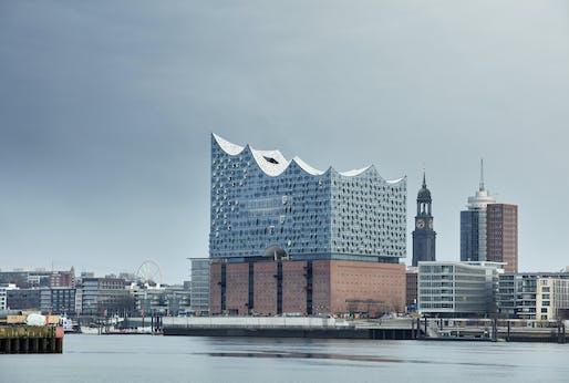 Elbphilharmonie Hamburg by Herzog & de Meuron. Photo: Maxim Schulz.