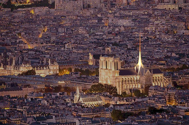Notre Dame's Spine_OF STUDIO_NightView