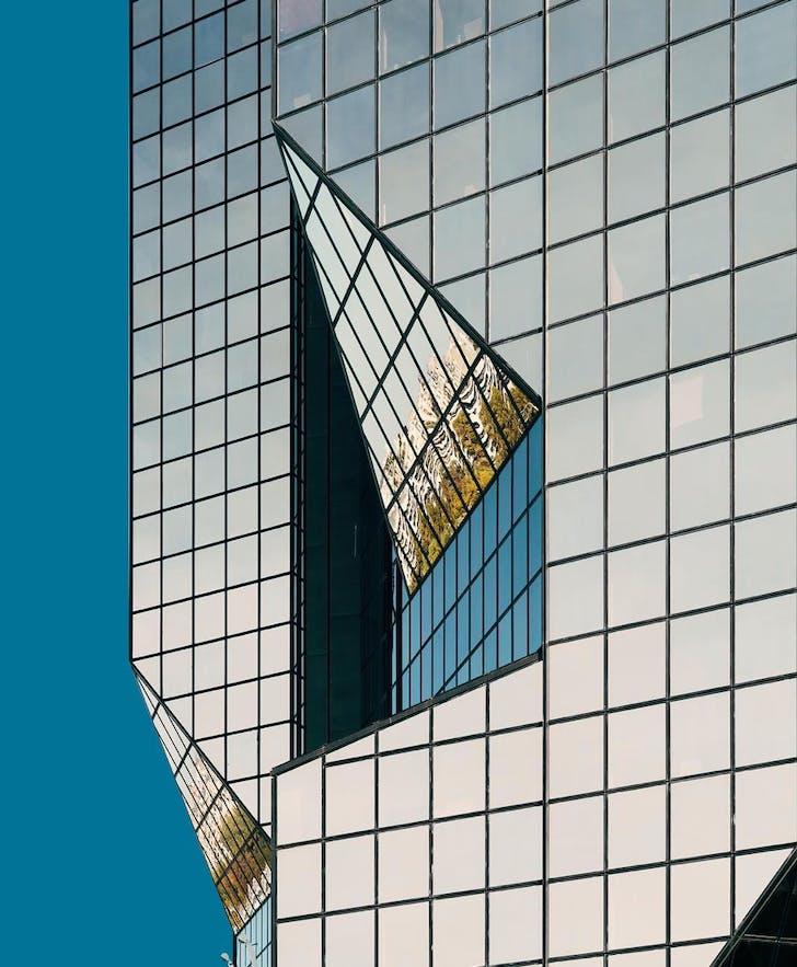 @chatelpSolo-building series / / / Pantone 633 C / / / Quartier du Front de Seine, Tour Cristal par Julien Penven et Jean-Claude Le Bail