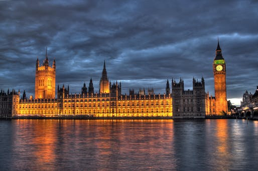 View of the UK Houses of Parliament. Image courtesy of Wikimedia Commons / Maurice.