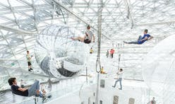 in orbit - Tomás Saraceno's gigantic floating installation