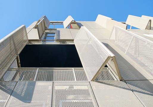 The Lofts at Cherokee Studios in Los Angeles, CA by Brooks + Scarpa; Photo: John Linden