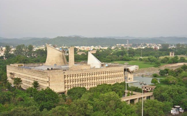 Le Corbusier's Capitol Complex (the Assembly from the Secretariat) via amlocke.