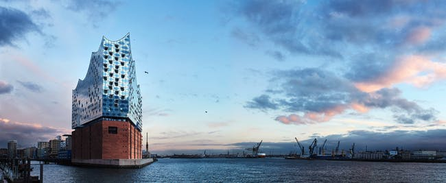 Elbphilharmonie. Photo © Maxim Schulz.