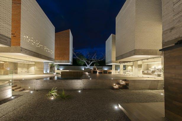 courtyard, pool and terrace / Photographer: Jaime Navarro