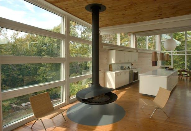 CONNECTICUT SHORE HOUSE – Kitchen & fireplace