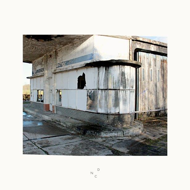 De Nieuwe Context gaat samenwerking aan met Bureau Patina! Zij doen cultuurhistorisch onderzoek naar het voormalige Caltex tankstation in Withuis. www.bureaupatina.nl