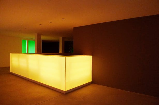 Discotheque – bar in a hotel by A2aquitectos