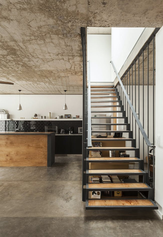 Office + House Luna in Buenos Aires, Argentina by Hitzig Militello arquitectos; Photo: Federico Kulekdjian