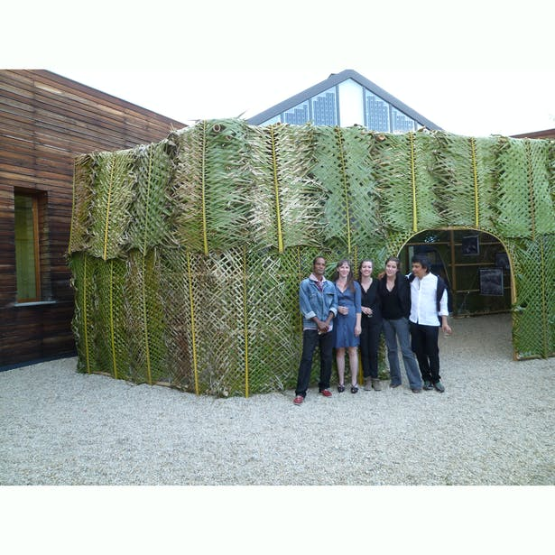 The team in front of Archive 1 : the green room