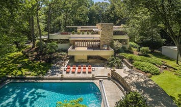 1970s Frank Lloyd Wright Fallingwater lookalike asks $3.5M in Greenwich, CT