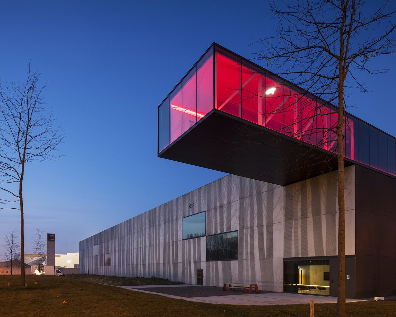 Beautiful Concrete Buildings : This belgian concrete factory shows how industrial