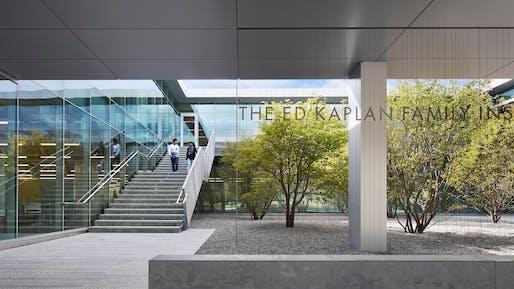 Ed Kaplan Family Institute for Innovation and Tech Entrepreneurship, Chicago | John Ronan Architects. Photo © Steve Hall.