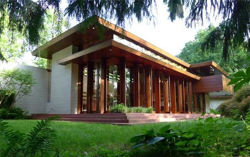 The Bachman Wilson House, designed by Frank Lloyd Wright and built in 1954 in Millstone, New Jersey. (via blouinartinfo.com)