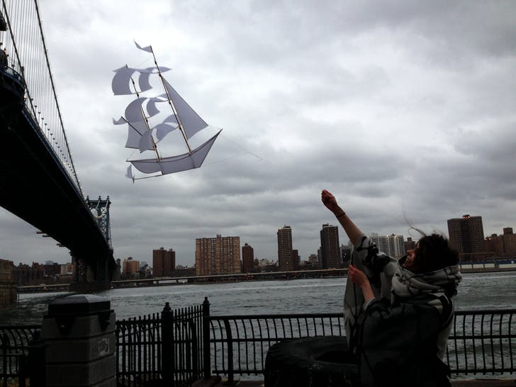 Sailing ship kite prototype (2013). Image courtesy Emily Fischer.