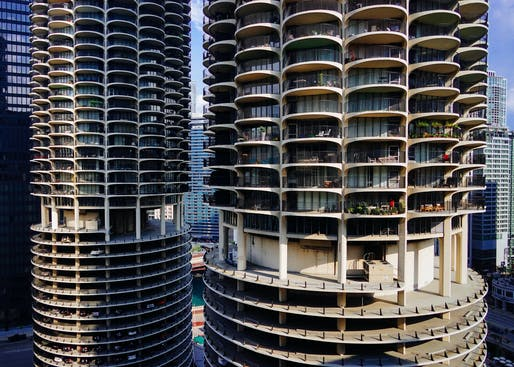 Marina City buildings, image via Jeffrey Zeldman/flickr.